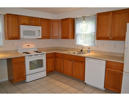 独户住宅 为 出租 在 11 Garden Road 纳迪克, 01760 美国