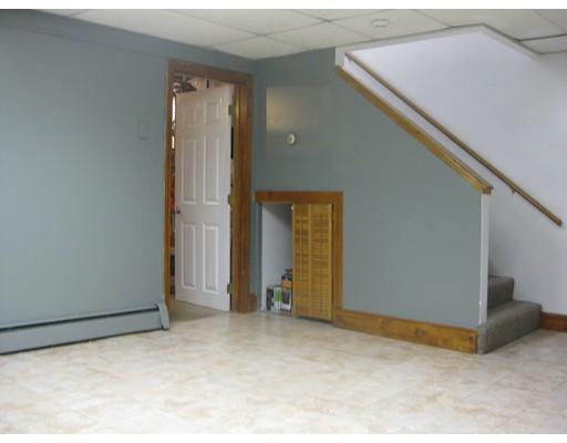 Condominium for Rent at 248 West Elm #5 248 West Elm #5 Brockton, Massachusetts 02301 United States