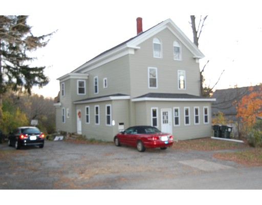 Casa Multifamiliar por un Venta en 12 Cushing Street North Brookfield, Massachusetts 01535 Estados Unidos