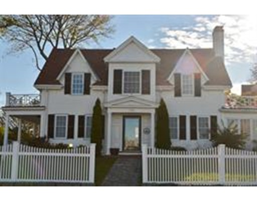 Single Family Home for Rent at 120 Puritan Road Swampscott, 01907 United States