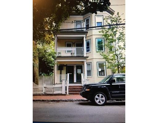 Кондоминиум для того Аренда на 556 franklin Street #1 556 franklin Street #1 Cambridge, Массачусетс 02139 Соединенные Штаты