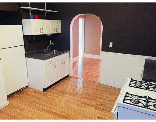Casa Unifamiliar por un Alquiler en 60 Prince Street Boston, Massachusetts 02113 Estados Unidos
