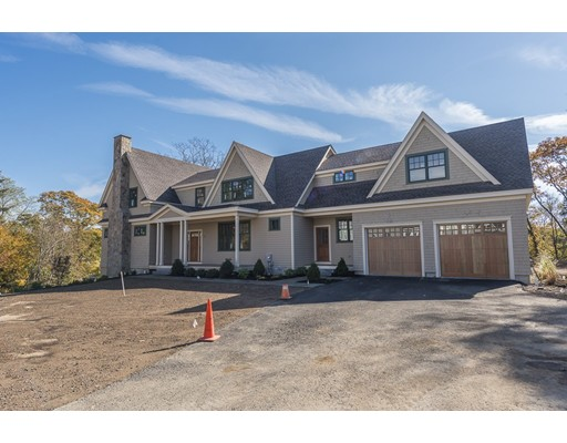 Single Family Home for Sale at 31 Whitehall Circle 31 Whitehall Circle Beverly, Massachusetts 01915 United States