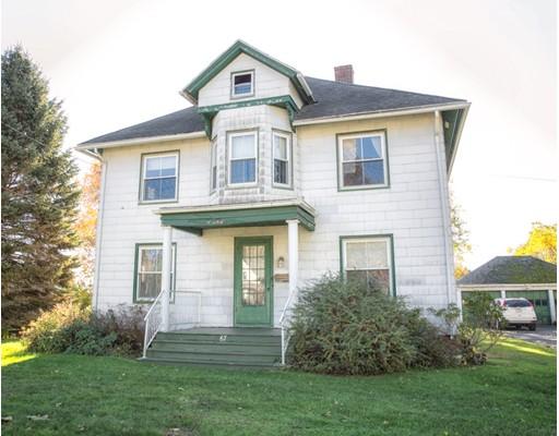 Maison unifamiliale pour l Vente à 67 Elm Street 67 Elm Street Agawam, Massachusetts 01001 États-Unis
