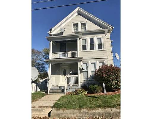 公寓 为 出租 在 56 Elm Ave #2 56 Elm Ave #2 布罗克顿, 马萨诸塞州 02301 美国