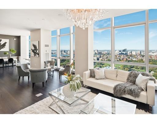 Appartement en copropriété pour l à louer à 110 Stuart Street #PH3 110 Stuart Street #PH3 Boston, Massachusetts 02116 États-Unis
