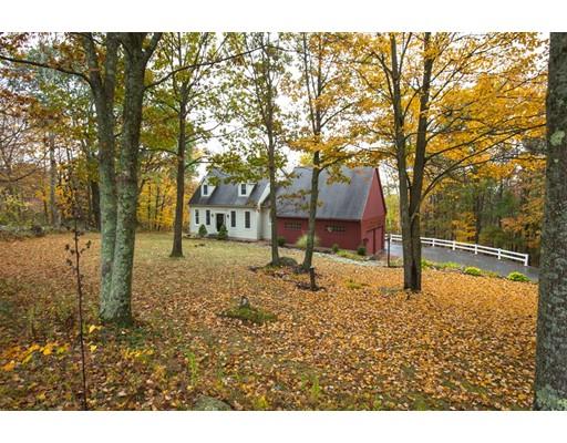 Maison unifamiliale pour l Vente à 246 Justice Hill Road 246 Justice Hill Road Sterling, Massachusetts 01564 États-Unis
