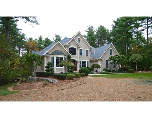 واحد منزل الأسرة للـ Sale في 10 Paula Lane 10 Paula Lane Foxboro, Massachusetts 02035 United States