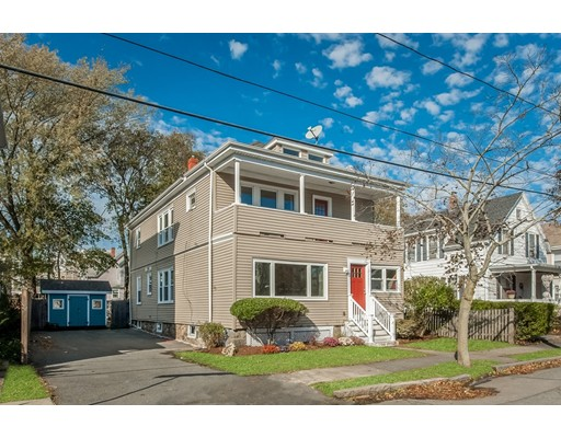 شقة بعمارة للـ Sale في 2-4 Huron St #4 2-4 Huron St #4 Swampscott, Massachusetts 01907 United States
