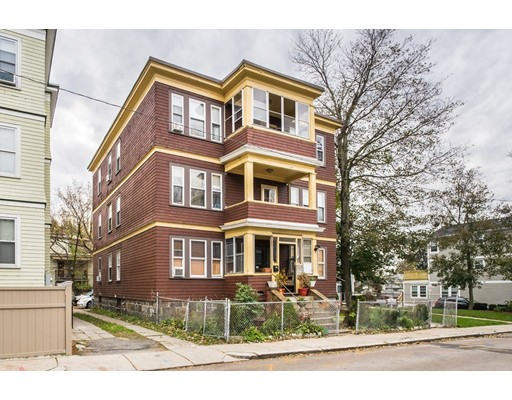 Casa Multifamiliar por un Venta en 28 W Tremlett Street Boston, Massachusetts 02124 Estados Unidos