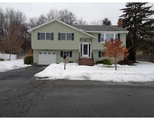 独户住宅 为 出租 在 17 Brae Circle 17 Brae Circle Woburn, 马萨诸塞州 01801 美国