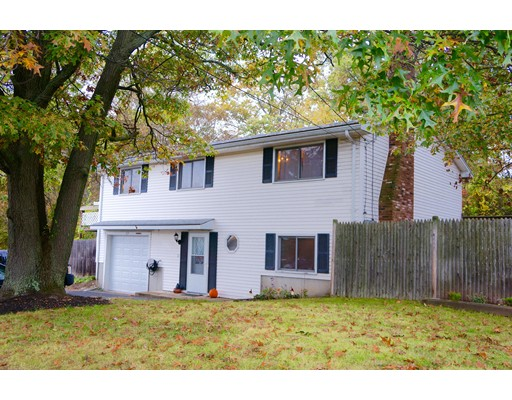 Additional photo for property listing at 32 WESTFORD STREET 32 WESTFORD STREET Saugus, Massachusetts 01906 Estados Unidos