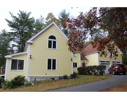 Single Family Home for Sale at 143 Brook Street 143 Brook Street Hanson, Massachusetts 02341 United States