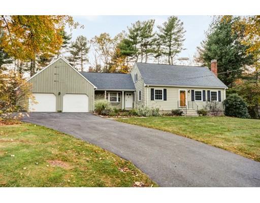 واحد منزل الأسرة للـ Sale في 10 Eldor Drive 10 Eldor Drive Walpole, Massachusetts 02071 United States