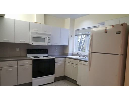 Single Family Home for Rent at 121 Longwood Avenue Brookline, 02446 United States
