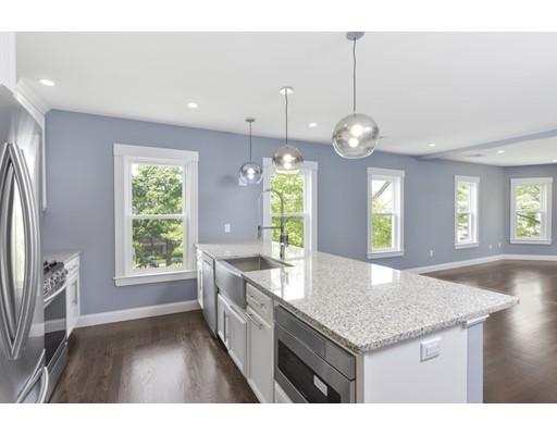 Eigentumswohnung für Verkauf beim 36 Brookside Avenue 36 Brookside Avenue Boston, Massachusetts 02130 Vereinigte Staaten