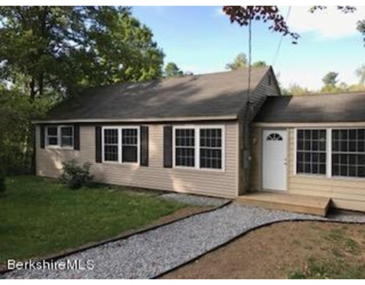 Additional photo for property listing at 250 Wells Road  Becket, Massachusetts 01223 Estados Unidos