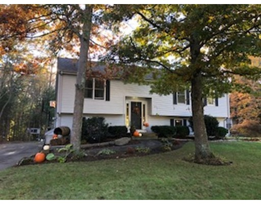 Additional photo for property listing at 291 Shag Bark Road  Taunton, Massachusetts 02780 Estados Unidos