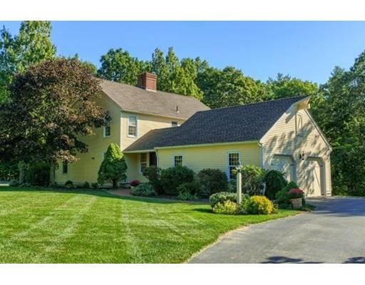 Maison unifamiliale pour l Vente à 63 Oak Circle 63 Oak Circle Princeton, Massachusetts 01541 États-Unis
