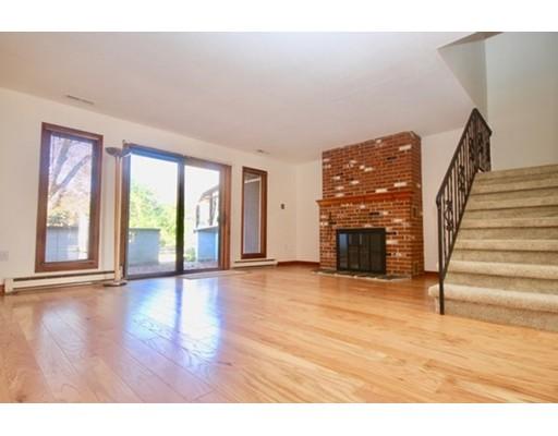 Condominio por un Venta en 162 Prospect Avenue Northampton, Massachusetts 01060 Estados Unidos