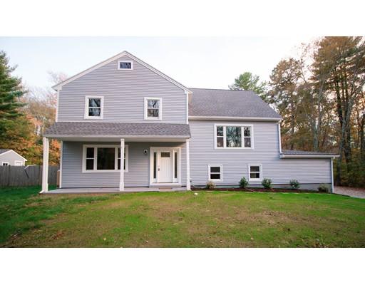 Maison unifamiliale pour l Vente à 44 S Main Street 44 S Main Street Berkley, Massachusetts 02779 États-Unis