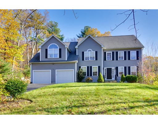 Single Family Home for Sale at 42 Shining Rock Drive Northbridge, Massachusetts 01534 United States