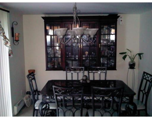 Maison unifamiliale pour l à louer à 30 Dale Road 30 Dale Road Holbrook, Massachusetts 02343 États-Unis