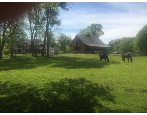 Additional photo for property listing at 627 Bay Road  Hamilton, Massachusetts 01982 United States