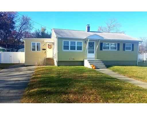 Casa Unifamiliar por un Venta en 53 Enfield Street 53 Enfield Street Lowell, Massachusetts 01852 Estados Unidos