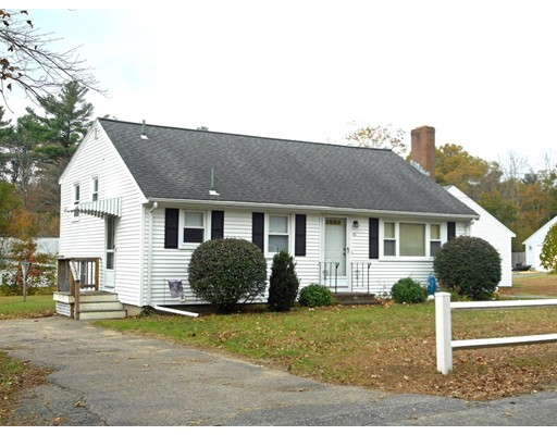Single Family Home for Sale at 16 Kingman Circle 16 Kingman Circle East Bridgewater, Massachusetts 02333 United States