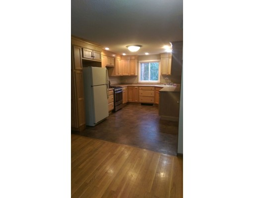 Townhouse for Rent at 321 Liberty St #2 321 Liberty St #2 Hanson, Massachusetts 02341 United States