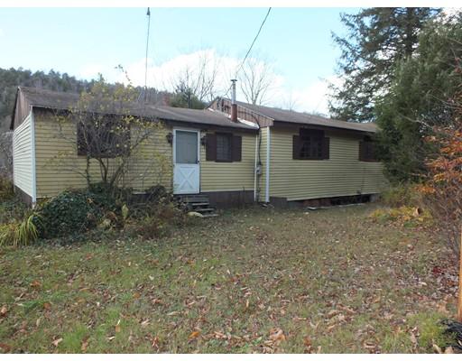 Single Family Home for Sale at 1876 Spruce Corner Road 1876 Spruce Corner Road Ashfield, Massachusetts 01330 United States