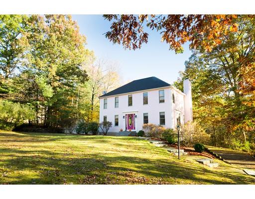 Casa Unifamiliar por un Venta en 40 Ridge Road 40 Ridge Road Pepperell, Massachusetts 01463 Estados Unidos