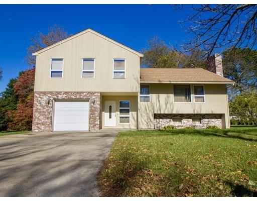 Maison unifamiliale pour l Vente à 11 Michael Drive 11 Michael Drive Bristol, Rhode Island 02809 États-Unis