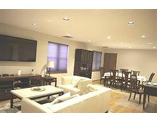 Casa Unifamiliar por un Alquiler en 30 Parkman Street Brookline, Massachusetts 02446 Estados Unidos