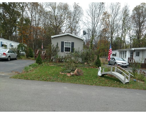 Additional photo for property listing at 24 Southway  Taunton, Massachusetts 02780 Estados Unidos