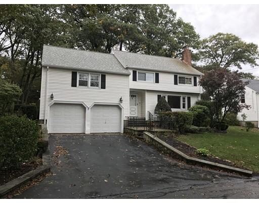 Casa Unifamiliar por un Venta en 64 Hathaway Circle 64 Hathaway Circle Arlington, Massachusetts 02476 Estados Unidos