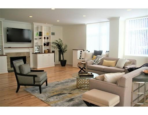 Appartement en copropriété pour l Vente à 77 Florence Street #N106 77 Florence Street #N106 Newton, Massachusetts 02467 États-Unis