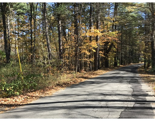 Additional photo for property listing at 335 Burrage Street 335 Burrage Street Lunenburg, Massachusetts 01462 United States