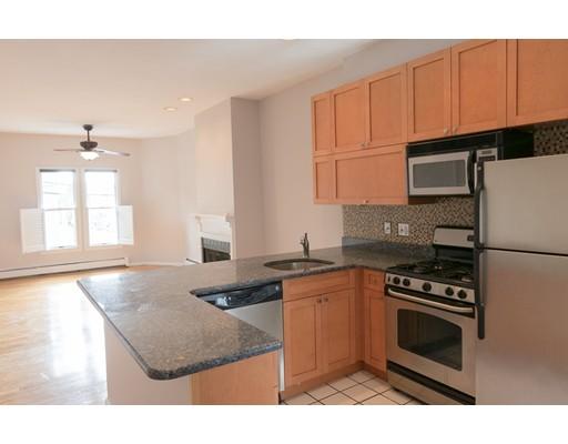 Casa Unifamiliar por un Alquiler en 186 W 7th Street Boston, Massachusetts 02127 Estados Unidos