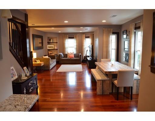 Condominio por un Alquiler en 52 Sheridan #1 52 Sheridan #1 Medford, Massachusetts 02155 Estados Unidos