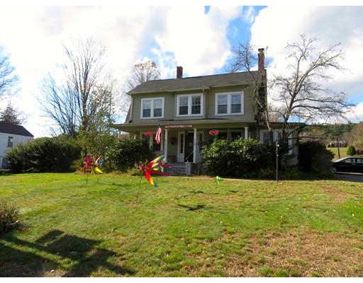 多户住宅 为 销售 在 220 College Highway 220 College Highway Southampton, 马萨诸塞州 01073 美国