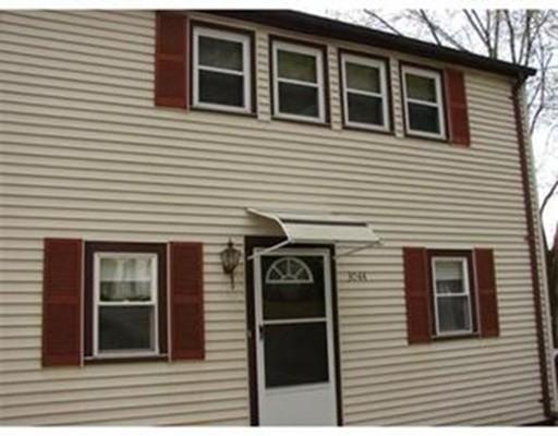 Частный односемейный дом для того Аренда на 3044 Pine Street #1 3044 Pine Street #1 Palmer, Массачусетс 01069 Соединенные Штаты