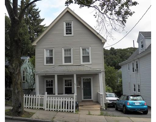 Casa Unifamiliar por un Venta en 65 Glendower Road Boston, Massachusetts 02131 Estados Unidos