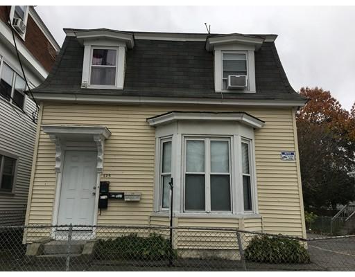 Maison avec plusieurs logements pour l Vente à 123 Springfield Street 123 Springfield Street Lawrence, Massachusetts 01843 États-Unis