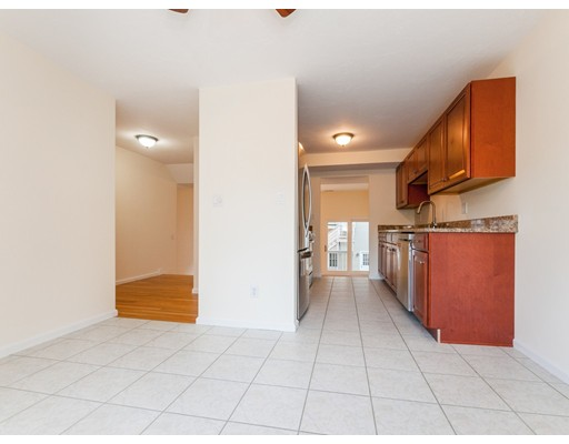 62 Tisdale Drive 62, Dover, MA, 02030