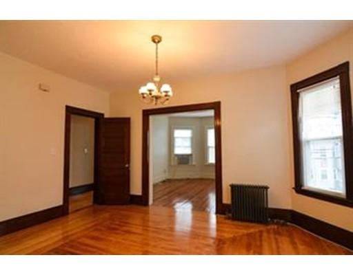 Квартира для того Аренда на 108 Sagamore Ave #2 108 Sagamore Ave #2 Chelsea, Массачусетс 02150 Соединенные Штаты