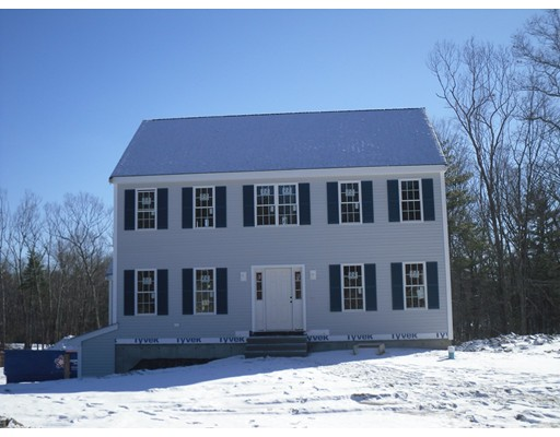 Single Family Home for Sale at 53 McEachron Drive 53 McEachron Drive Stoughton, Massachusetts 02072 United States