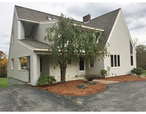 Single Family Home for Sale at 107 Tuttle Road 107 Tuttle Road Sterling, Massachusetts 01564 United States