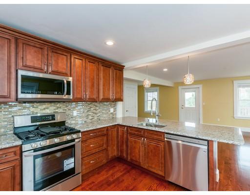 公寓 为 出租 在 16 Park Place #3 16 Park Place #3 沃尔瑟姆, 马萨诸塞州 02452 美国